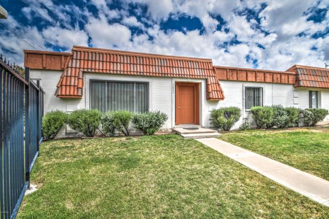 7883 N 49TH Avenue, Glendale, AZ 85301 (MLS #5924680) :: CC & Co. Real Estate Team
