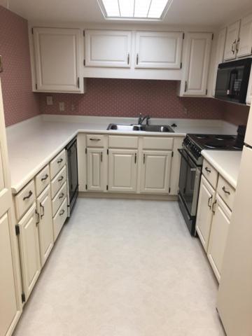 10330 W Thunderbird, A301 Boulevard, Sun City, AZ 85351 (MLS #5925959) :: Homehelper Consultants
