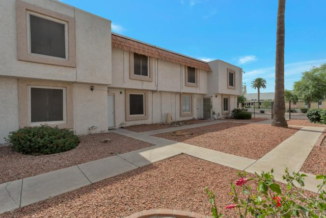 6138 W Townley Avenue, Glendale, AZ 85302 (MLS #5927096) :: CC & Co. Real Estate Team