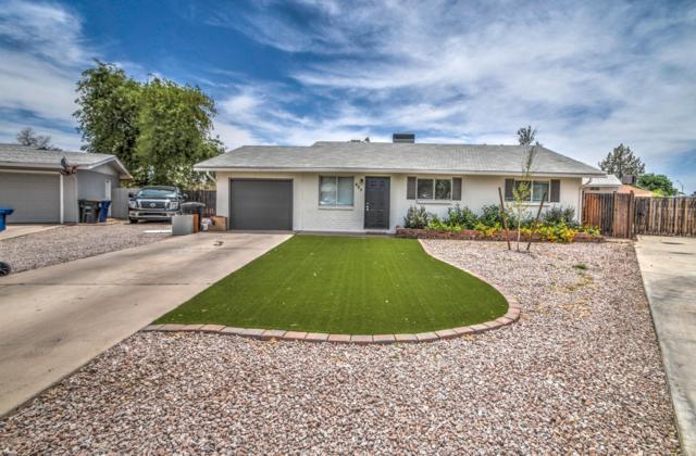 230 N Birch Court, Gilbert, AZ 85234 (MLS #5927121) :: CC & Co. Real Estate Team