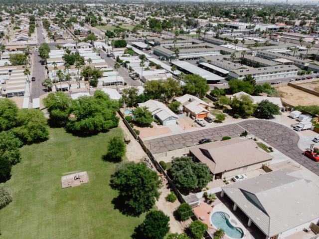 7223 N 44TH Avenue, Glendale, AZ 85301 (MLS #5927220) :: CC & Co. Real Estate Team