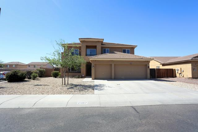 21967 W Lasso Lane, Buckeye, AZ 85326 (MLS #5927517) :: The W Group