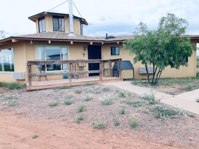3450 W El Sol Drive, Douglas, AZ 85607 (MLS #5927611) :: Yost Realty Group at RE/MAX Casa Grande