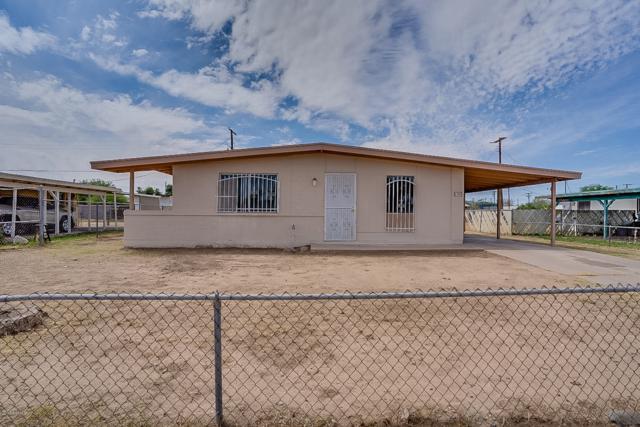 1707 E Mobile Lane, Phoenix, AZ 85040 (MLS #5927675) :: CC & Co. Real Estate Team