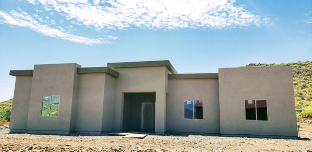 42812 N 12th Street, New River, AZ 85087 (MLS #5928039) :: Yost Realty Group at RE/MAX Casa Grande