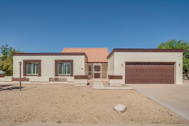 3000 N Iowa Street, Chandler, AZ 85225 (MLS #5928440) :: Realty Executives