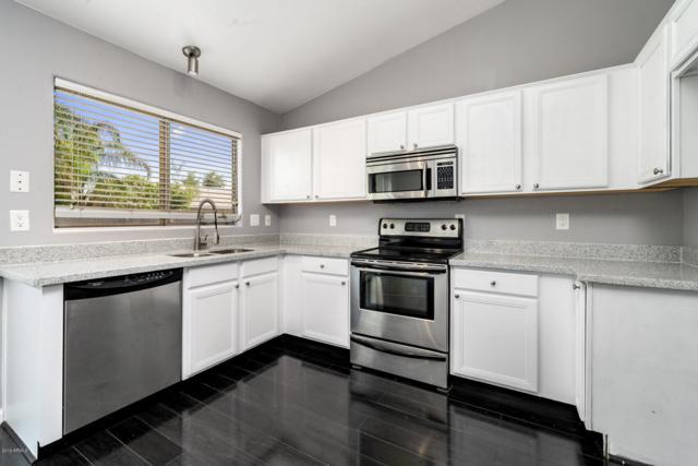 413 W Century Court, Gilbert, AZ 85233 (MLS #5928911) :: CC & Co. Real Estate Team