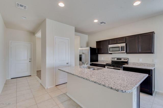 37762 W Capri Avenue, Maricopa, AZ 85138 (MLS #5928949) :: CC & Co. Real Estate Team