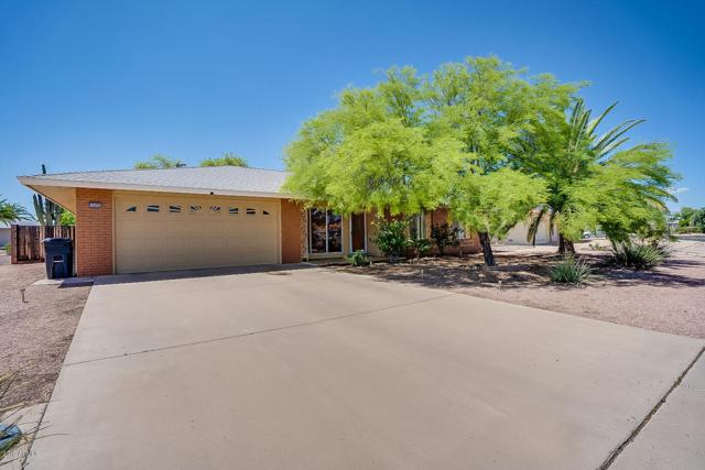 16006 N Bowling Green Drive, Sun City, AZ 85351 (MLS #5929180) :: The Ford Team