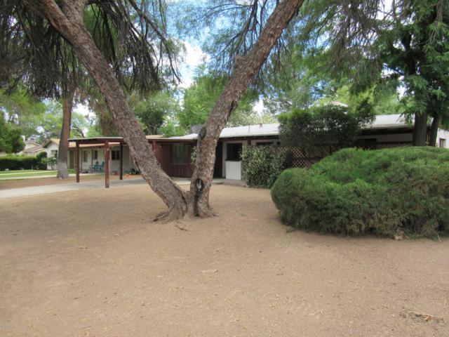 229 Sylvan Road, Wickenburg, AZ 85390 (MLS #5930091) :: Riddle Realty