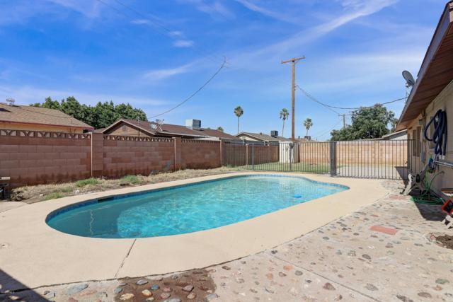 8010 W Earll Drive, Phoenix, AZ 85033 (MLS #5930266) :: The W Group