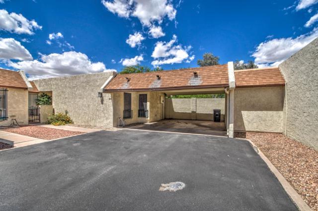 5214 S Hazelton Lane, Tempe, AZ 85283 (MLS #5930581) :: CC & Co. Real Estate Team