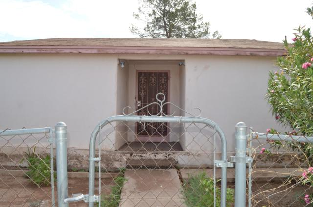 2007 C Avenue, Douglas, AZ 85607 (MLS #5930787) :: Yost Realty Group at RE/MAX Casa Grande