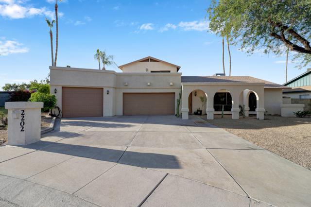 2202 E Sunnyside Drive, Phoenix, AZ 85028 (MLS #5933475) :: My Home Group
