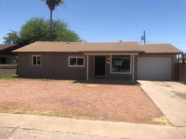 3011 W Heatherbrae Drive, Phoenix, AZ 85017 (MLS #5934510) :: CC & Co. Real Estate Team