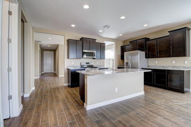 30001 W Rockmount Avenue, Buckeye, AZ 85396 (MLS #5937106) :: Riddle Realty