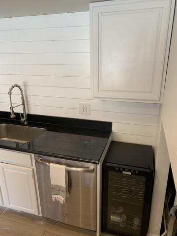 8552 E Indian School Road G, Scottsdale, AZ 85251 (MLS #5937989) :: Brett Tanner Home Selling Team