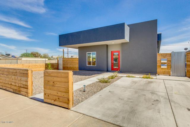 1121 E Taylor Street, Phoenix, AZ 85006 (MLS #5939259) :: The Laughton Team