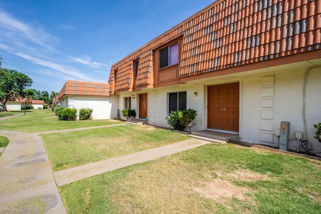 7880 N 47TH Avenue, Glendale, AZ 85301 (MLS #5940030) :: Yost Realty Group at RE/MAX Casa Grande