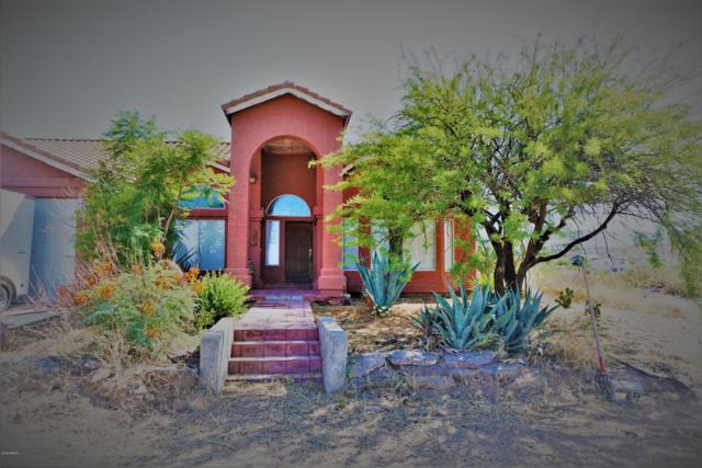 2534 W Roughrider Road, New River, AZ 85087 (MLS #5940719) :: Devor Real Estate Associates