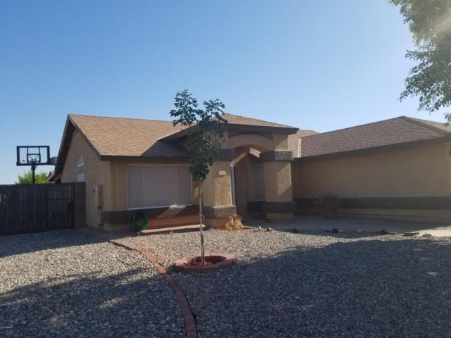 8521 W Georgia Avenue, Glendale, AZ 85305 (MLS #5940887) :: Kortright Group - West USA Realty
