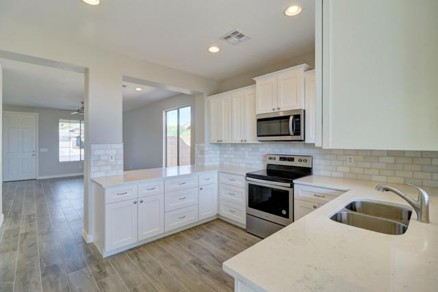3709 W Glacier Court, Anthem, AZ 85086 (MLS #5941751) :: Revelation Real Estate