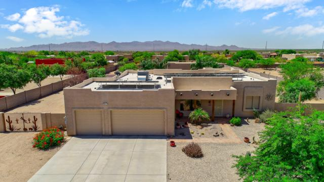 24425 W Mark Lane, Wittmann, AZ 85361 (MLS #5941873) :: Openshaw Real Estate Group in partnership with The Jesse Herfel Real Estate Group