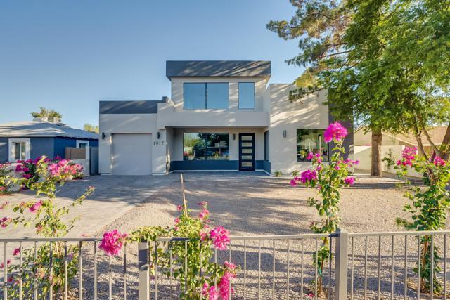 1917 E Clarendon Avenue, Phoenix, AZ 85016 (#5942831) :: Gateway Partners | Realty Executives Tucson Elite