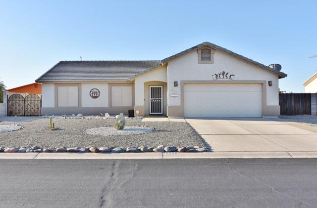 10325 W Grayback Drive, Arizona City, AZ 85123 (MLS #5942859) :: The Laughton Team