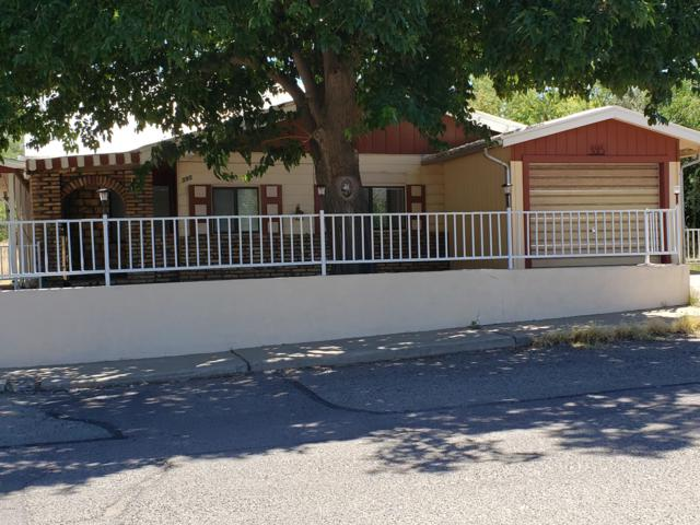 395 S Fourth Street, Globe, AZ 85501 (MLS #5943168) :: Openshaw Real Estate Group in partnership with The Jesse Herfel Real Estate Group