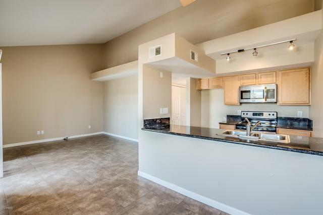 1241 N 48TH Street #210, Phoenix, AZ 85008 (MLS #5943424) :: Phoenix Property Group