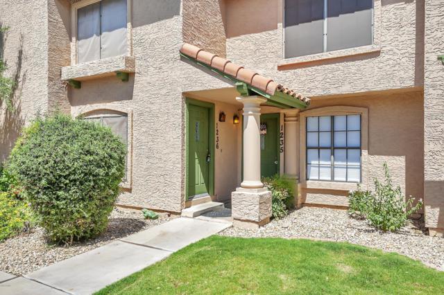 4901 E Kelton Lane #1236, Scottsdale, AZ 85254 (MLS #5944355) :: The Laughton Team