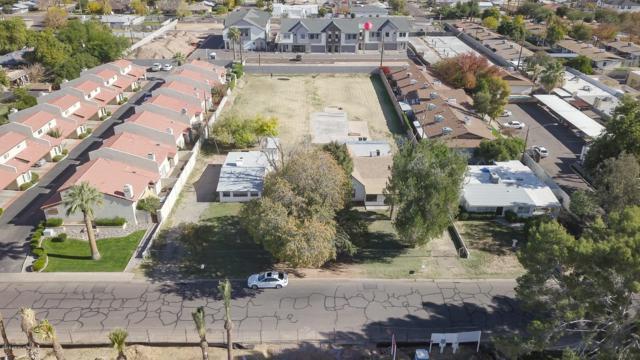3141 N 38TH Street, Phoenix, AZ 85018 (MLS #5944598) :: The Laughton Team