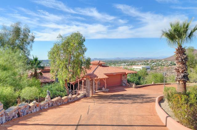 13446 N 16TH Place, Phoenix, AZ 85022 (MLS #5945706) :: The Laughton Team