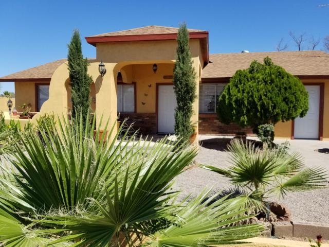 10366 W Midnight Drive, Arizona City, AZ 85123 (MLS #5947004) :: CC & Co. Real Estate Team