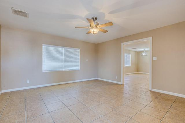 3626 W Tuckey Lane, Phoenix, AZ 85019 (MLS #5947102) :: The Kenny Klaus Team