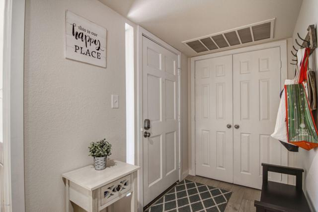 9450 N 94TH Place #101, Scottsdale, AZ 85258 (MLS #5947145) :: Devor Real Estate Associates