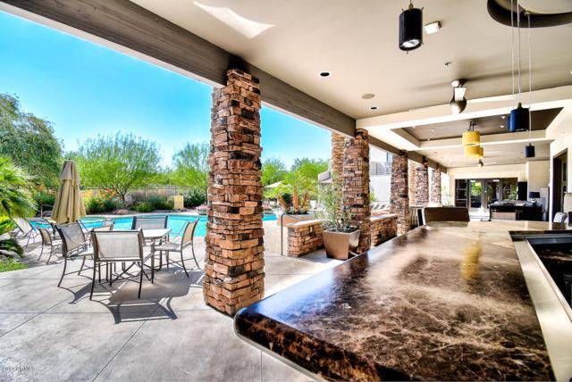 15802 N 71ST Street #254, Scottsdale, AZ 85254 (MLS #5949149) :: Occasio Realty