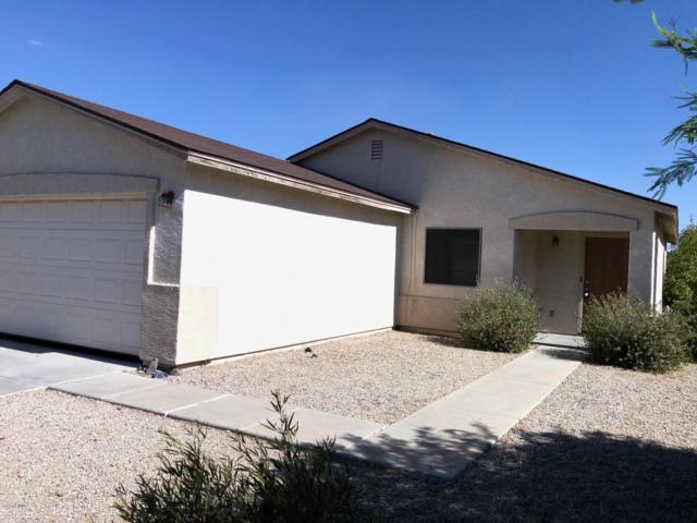 5541 E Quiet Retreat, Florence, AZ 85132 (MLS #5949486) :: CC & Co. Real Estate Team