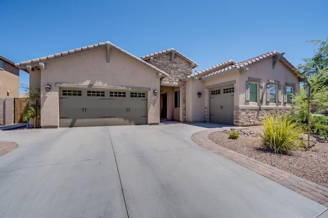 748 E Charlevoix Avenue, Gilbert, AZ 85297 (MLS #5950724) :: Revelation Real Estate