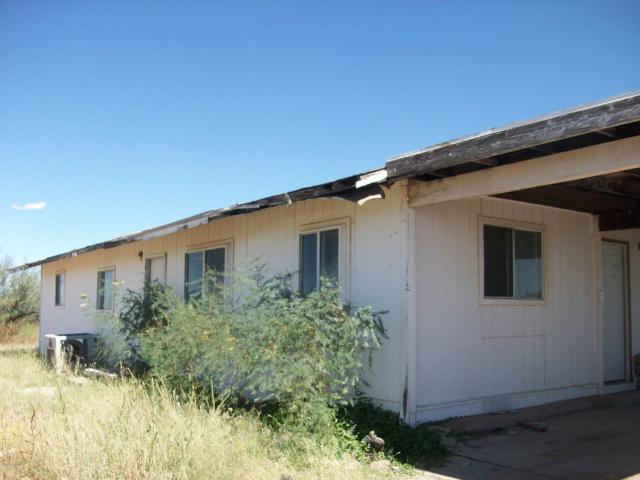 13212 S Ash Creek Road, Pearce, AZ 85625 (MLS #5950816) :: Brett Tanner Home Selling Team