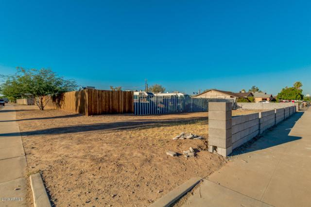 2442 W Adams Street, Phoenix, AZ 85009 (MLS #5950818) :: CC & Co. Real Estate Team
