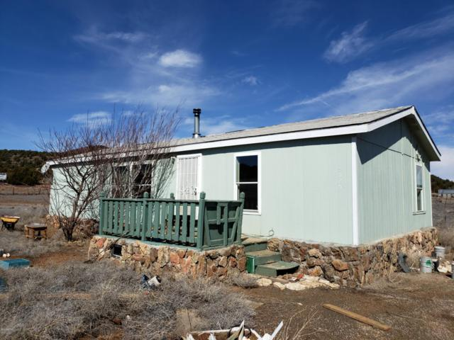 5525 Foster Road, Flagstaff, AZ 86004 (MLS #5951577) :: CC & Co. Real Estate Team