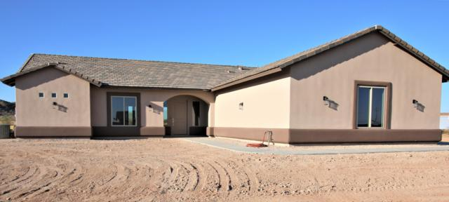 13306 S 194th Drive, Buckeye, AZ 85326 (MLS #5952630) :: CC & Co. Real Estate Team