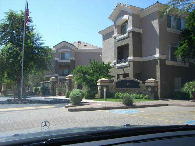 4455 E Paradise Village Parkway #1040, Phoenix, AZ 85032 (MLS #5953576) :: CC & Co. Real Estate Team