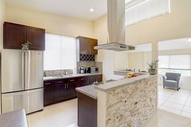 260 N 80TH Place, Mesa, AZ 85207 (MLS #5953690) :: Homehelper Consultants