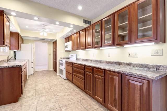 17623 N Buntline Drive, Sun City West, AZ 85375 (MLS #5953746) :: Kortright Group - West USA Realty