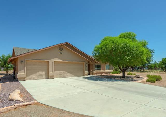 1100 E Road 1 North, Chino Valley, AZ 86323 (MLS #5954233) :: Lux Home Group at  Keller Williams Realty Phoenix