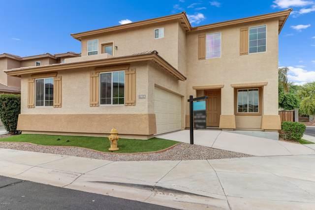 7414 S 27th Way, Phoenix, AZ 85042 (MLS #5959789) :: CC & Co. Real Estate Team