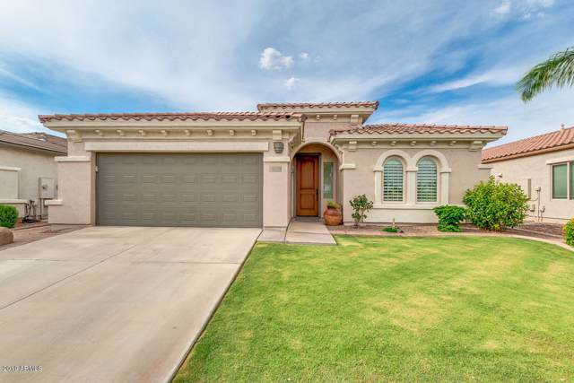 986 E La Costa Place, Chandler, AZ 85249 (MLS #5960772) :: The Daniel Montez Real Estate Group